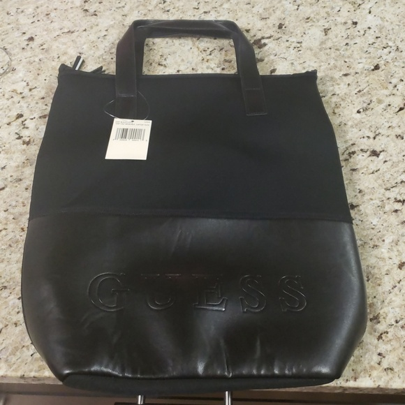 Guess Bags   Laptop Carrying Case   Poshmark 738173be15
